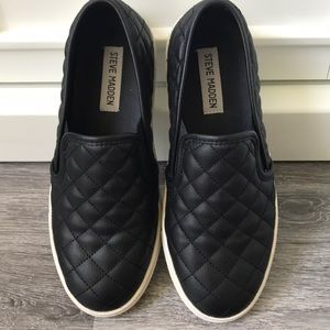 Steve Madden Black Slip On Shoes Sneakers 7 1/2